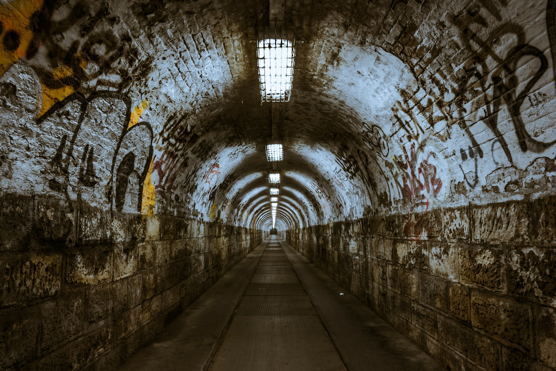 MORE LIGHT AT THE END OF THE TUNNEL By: Steve Woolrich, Principal of Rethink Urban Inc.